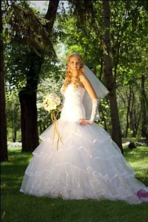 Продам Шикарное свадебное платье в Краснодаре.